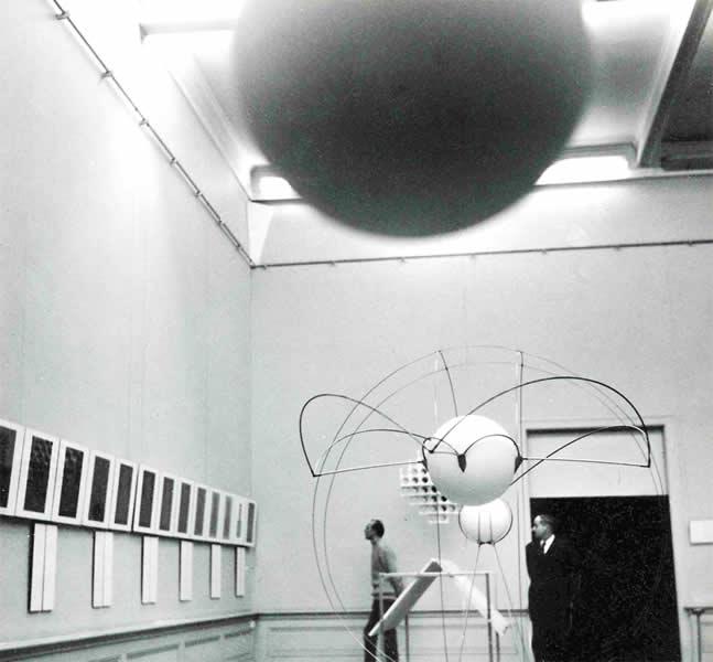 LAUSANNE (CH), MUSEE DES BEAUX ARTS, 'RECHERCHE + EXPERIMENTATION 1970